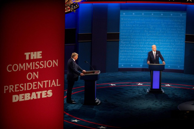 Toàn cảnh cuộc tranh luận đầu tiên giữa ông Trump và Biden: Hỗn loạn, công kích cá nhân và những lời miệt thị - Ảnh 1.