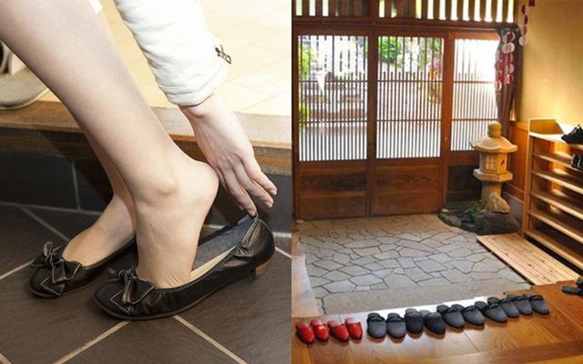 Vội mấy người Nhật cũng không bao giờ quên cởi giày trước khi bước vào nhà, hóa ra đó là lý do vì sao tuổi thọ của họ luôn vô địch thế giới - Ảnh 2.