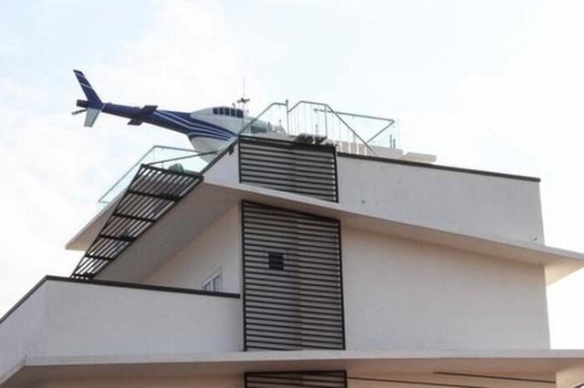 Bắt đại gia trong đường dây đánh bạc 1.000 tỉ đồng trưng bày trực thăng trên nóc nhà  - Ảnh 3.