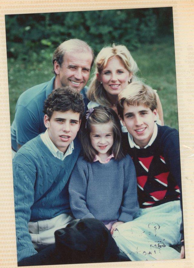 Tất tần tật về phu nhân của ứng cử viên Tổng thống Mỹ Joe Biden: Năng lực chẳng kém cạnh chồng và câu nói để đời nổi tiếng - Ảnh 5.