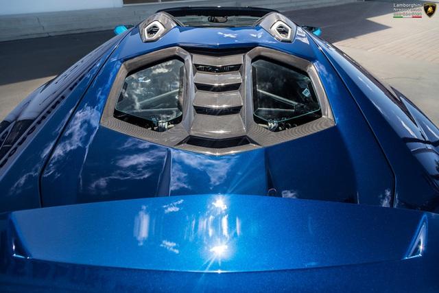 Đại gia Hà Nội đặt mua Lamborghini Centenario Roadster cực độc về nước? - Ảnh 8.