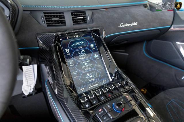 Đại gia Hà Nội đặt mua Lamborghini Centenario Roadster cực độc về nước? - Ảnh 10.