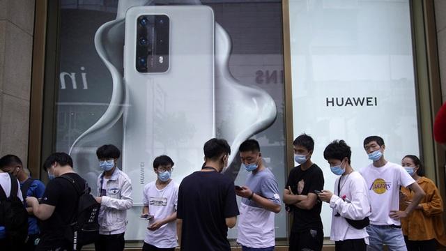 Ở tình cảnh khốn khổ như hiện nay, có lẽ Huawei nên chủ động sớm từ bỏ thị trường smartphone - Ảnh 2.
