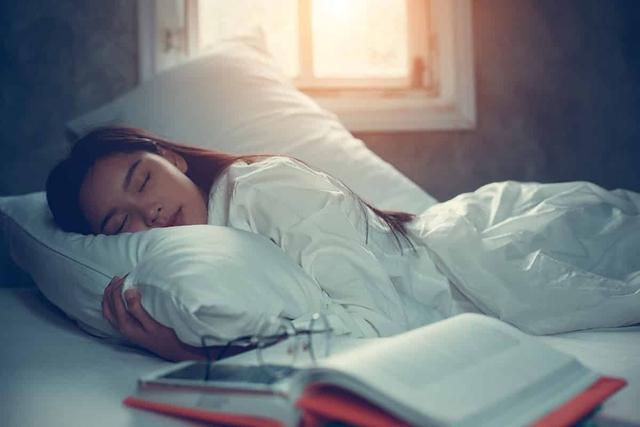 Hãy kiểm tra 4 dấu hiệu này của bản thân, tốn vài giây nhưng giúp bạn phòng ngừa chứng ngưng thở khi ngủ vô cùng nguy hiểm - Ảnh 4.