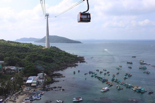 Đảo ngọc Phú Quốc chính thức là thành phố biển  - Ảnh 2.