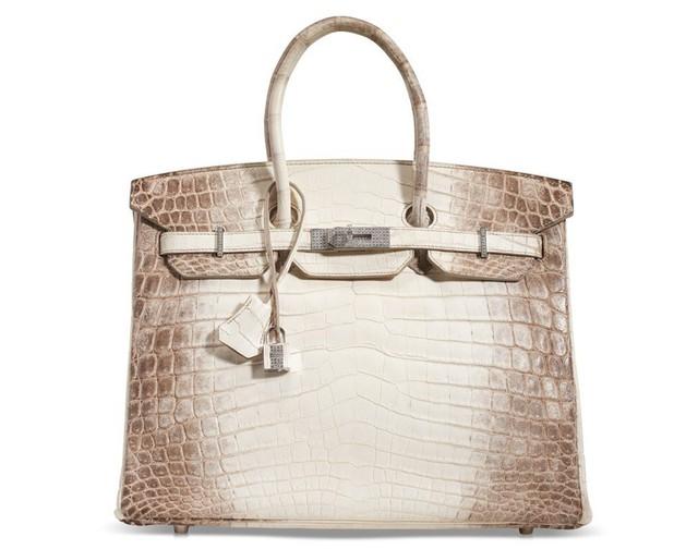 Đàn ông đeo Rolex, phụ nữ cầm Birkin: Không chỉ là phụ kiện, chiếc túi xa xỉ này đang trở thành khoản đầu tư giữ giá tốt hơn cả vàng - Ảnh 3.