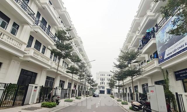 Lại rộ khu biệt thự, liền kề tại Hà Nội bóp méo quy hoạch  - Ảnh 1.