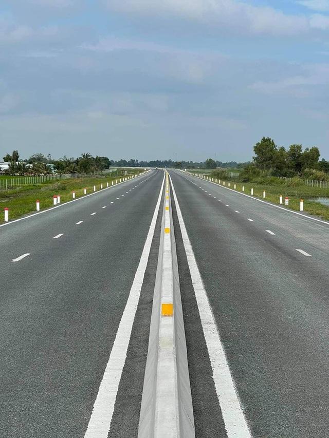Khánh thành tuyến cao tốc hơn 6.350 tỉ đồng kết nối ĐBSCL  - Ảnh 3.