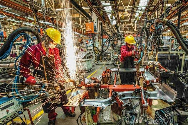 Là nền kinh tế lớn duy nhất tăng trưởng trong năm 2020, Trung Quốc băng băng tiến về phía trước trong khi một loạt nước lớn lao đao - Ảnh 3.