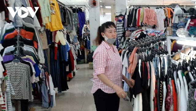Giảm trừ 50% tiền thuê sạp cho tiểu thương các chợ truyền thống ở TP HCM - Ảnh 1.