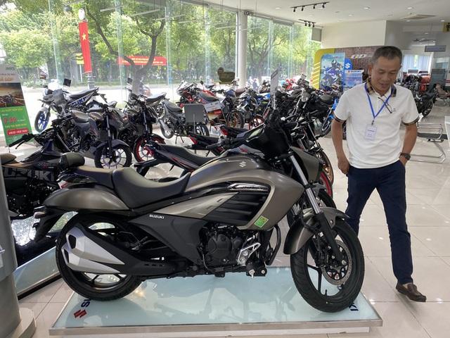 Tiêu thụ xe máy ở Việt Nam ngày càng giảm  - Ảnh 1.