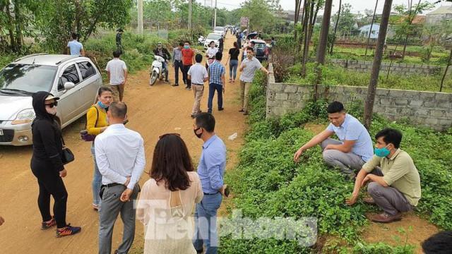 Loạt khu vực ở Hà Nội 'sốt đất': Mua bán chủ yếu giữa các nhà đầu cơ - Ảnh 1.