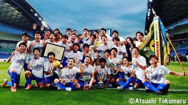 Từng bị đám đông cười nhạo, cậu bé Nhật Bản đổi đời sau lời nói chân thành của Ronaldo - Ảnh 3.
