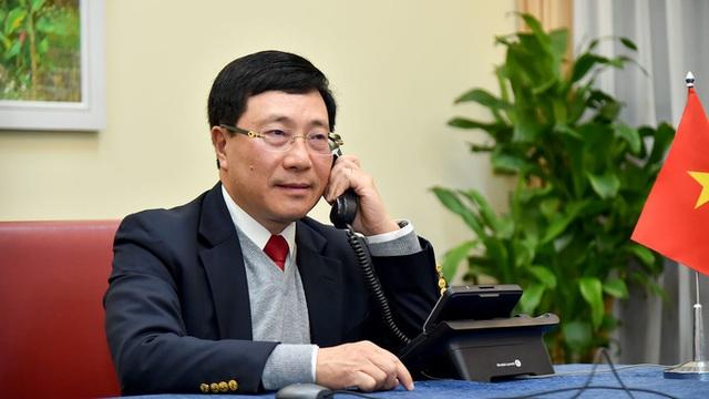 Phó Thủ tướng Điện đàm với Cố vấn An ninh Quốc gia Mỹ về thao túng tiền tệ  - Ảnh 1.