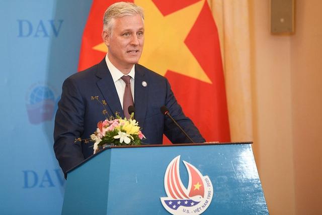 Phó Thủ tướng Điện đàm với Cố vấn An ninh Quốc gia Mỹ về thao túng tiền tệ  - Ảnh 2.