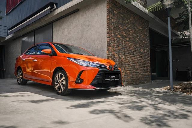 Lộ Toyota Vios 2021 chuẩn bị ra mắt tại Việt Nam: Dự kiến sớm nhất tháng 3, vua doanh số tiếp tục cản đường Hyundai Accent - Ảnh 4.