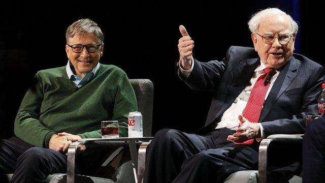 Tỷ phú Bill Gates tiết lộ chìa khóa thành công của Warren Buffett: Điều mà ai cũng có thể làm nhưng chẳng mấy người trong chúng ta chịu làm - Ảnh 1.