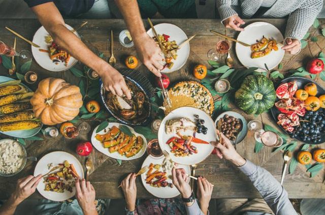 6 lời khuyên để từ bỏ chế độ ăn kiêng và ăn uống trực quan hơn vào năm 2021 - Ảnh 4.