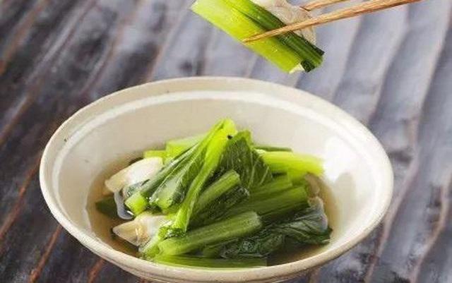 Đây là loại rau chứa chất gây ung thư cực mạnh mà WHO cảnh báo, người Việt nên cẩn trọng kẻo ăn nhầm - Ảnh 3.