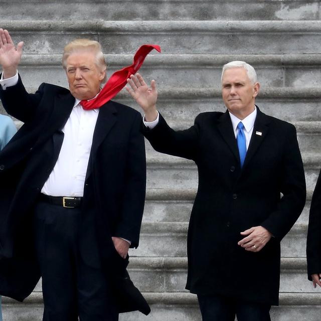 Ông Trump chính thức rời Nhà Trắng trong buổi sáng cuối cùng làm Tổng thống Mỹ - Ảnh 1.