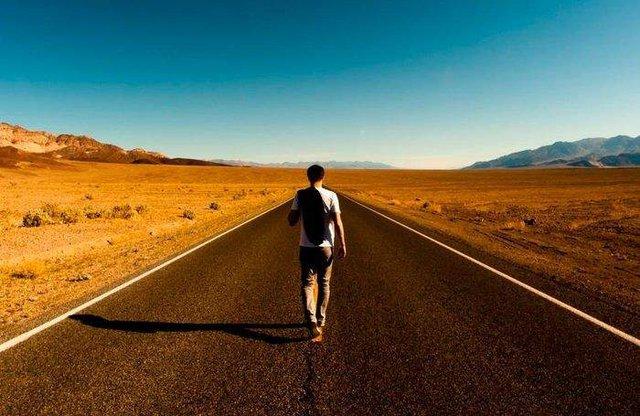 Chuẩn bị cho bản thân sự thịnh vượng với 6 thói quen thành công đơn giản này - Ảnh 2.