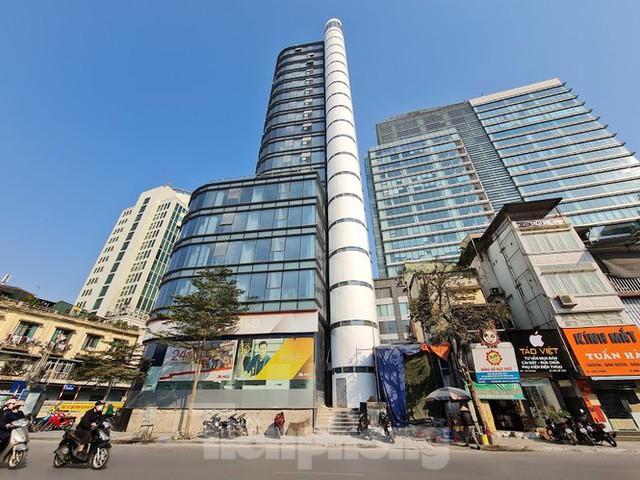 Chuyển tòa nhà văn phòng thành căn hộ khách sạn khi chưa đủ điều kiện - Ảnh 2.
