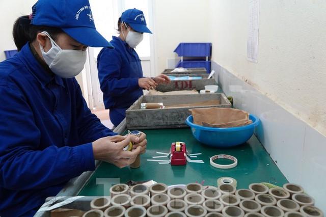 Khám phá nhà máy sản xuất pháo hoa duy nhất được cấp phép tại Việt Nam  - Ảnh 9.