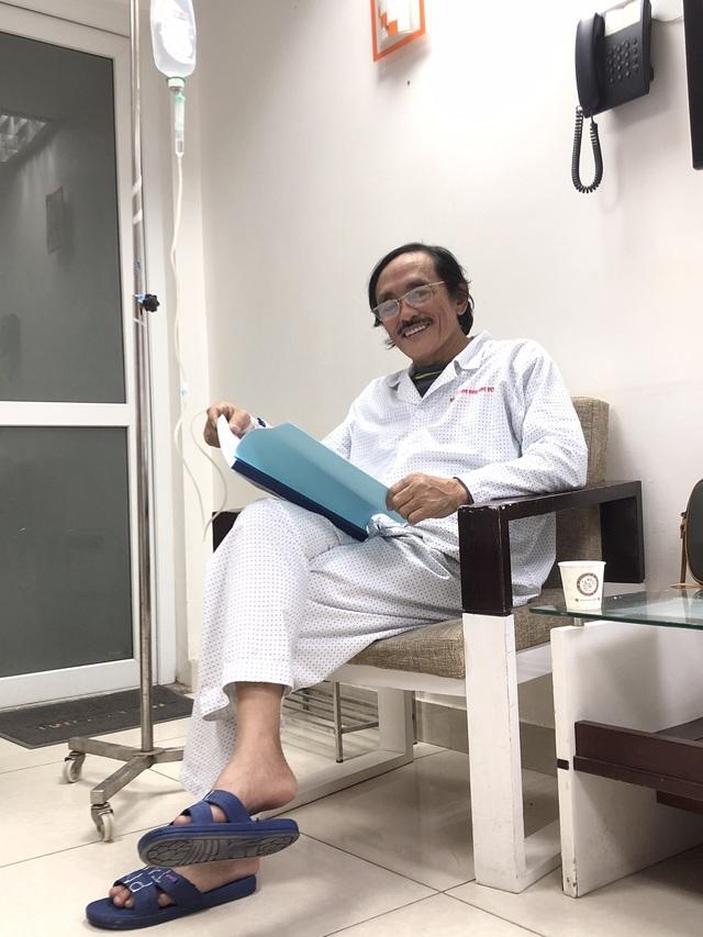 Nghệ sĩ Giang còi xác nhận bị ung thư hạ họng giai đoạn 3, đã di căn: Tôi còn những 2 năm nữa cơ mà. Tôi sẽ lại lao vào công việc - Ảnh 1.