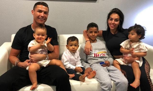Tuổi sinh học trẻ hơn tuổi đời 10 năm: Cầu thủ xuất sắc nhất thế giới Cristiano Ronaldo đã luyện tập và ăn uống như thế nào để luôn giữ phong độ đỉnh cao? - Ảnh 4.