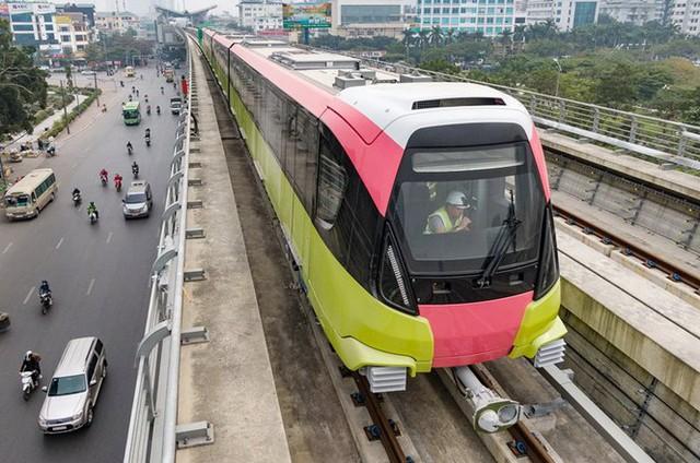 Lộ diện tàu metro Nhổn - ga Hà Nội lăn bánh - Ảnh 5.