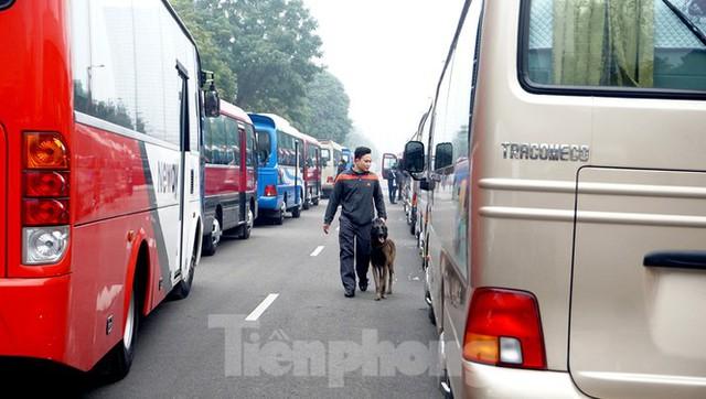 Cảnh khuyển tham gia rà soát xe phục vụ Đại hội XIII - Ảnh 6.