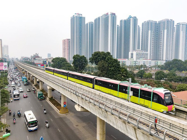 Lộ diện tàu metro Nhổn - ga Hà Nội lăn bánh - Ảnh 7.