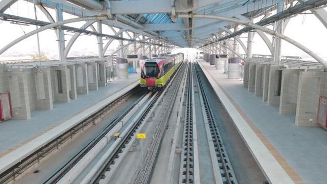 Lộ diện tàu metro Nhổn - ga Hà Nội lăn bánh - Ảnh 9.
