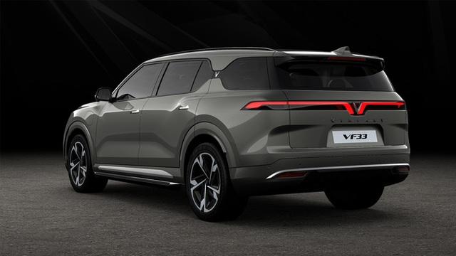 Bóc trang bị 3 ô tô VinFast hoàn toàn mới: Màn hình khổng lồ, cửa sổ trời miên man, tìm được nút bấm cũng khó - Ảnh 9.