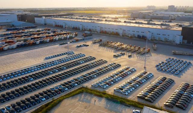 Tài tình như Elon Musk: Siêu nhà máy được chính phủ Trung Quốc ưu ái chưa từng thấy, xe bán đắt như tôm tươi, Tesla chỉ mất vài năm đã đạt được những gì các công ty ô tô mất vài chục năm mới làm được ở Trung Quốc - Ảnh 1.