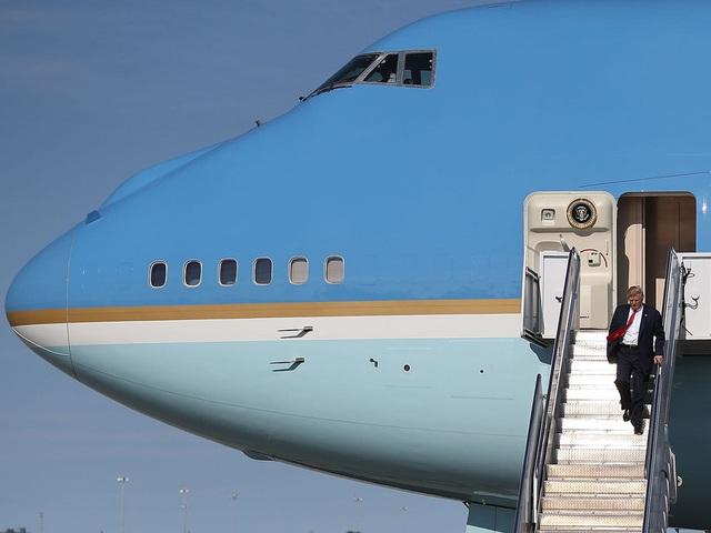 Chuyên cơ Air Force One mới cứng của Tổng thống Biden có gì đặc biệt? - Ảnh 4.