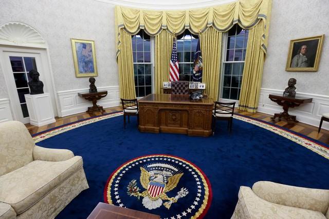 Bài trí Nhà Trắng thay đổi thế nào dưới thời Biden - Ảnh 1.