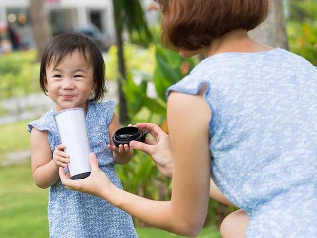 Đâu là hành động dạy con thông minh nhất mà bạn từng được thấy? Câu chuyện về ly sữa đậu nành nhận được hơn 200 ngàn lượt xem sẽ cho bạn câu trả lời thỏa đáng - Ảnh 3.