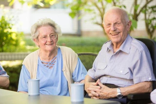 Người sống thọ khỏe mạnh đều có 6 thói quen: Hóa ra để sống lâu lại không hề vất vả - Ảnh 1.