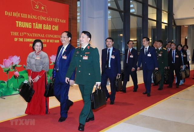 Chùm ảnh: Tổng Bí thư, Chủ tịch nước và các đại biểu dự phiên trù bị Đại hội XIII - Ảnh 11.
