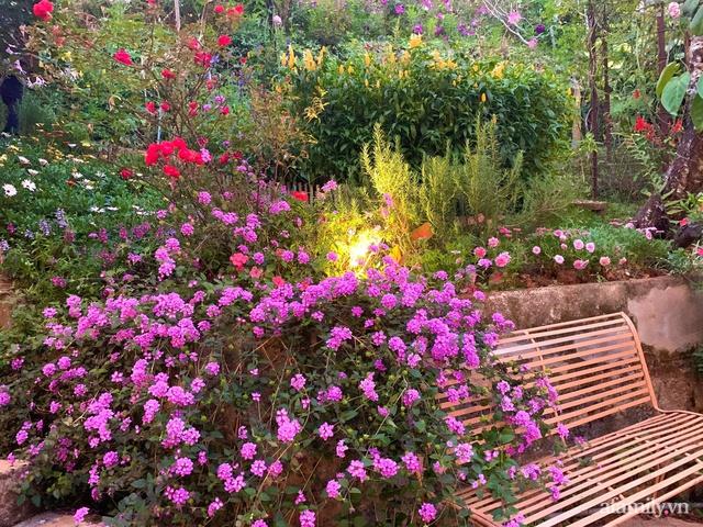 Ngôi nhà nhỏ yên bình sở hữu khu vườn đẹp như xứ sở thần tiên giữa lưng chừng đồi ở Đà Lạt - Ảnh 11.