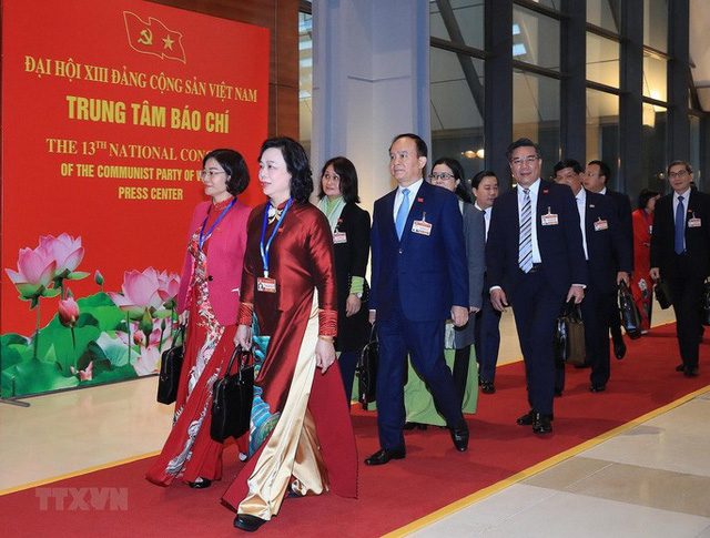 Chùm ảnh: Tổng Bí thư, Chủ tịch nước và các đại biểu dự phiên trù bị Đại hội XIII - Ảnh 6.