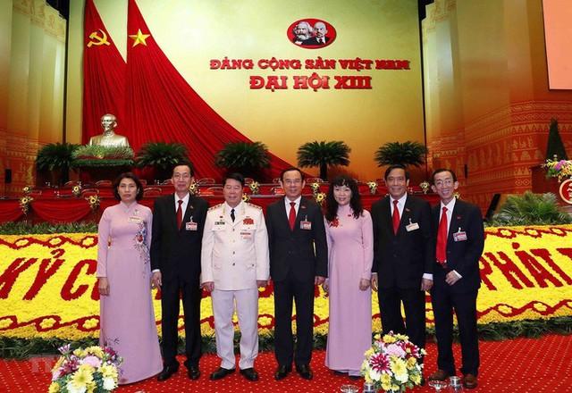 Chùm ảnh: Tổng Bí thư, Chủ tịch nước và các đại biểu dự phiên trù bị Đại hội XIII - Ảnh 9.