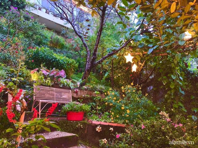 Ngôi nhà nhỏ yên bình sở hữu khu vườn đẹp như xứ sở thần tiên giữa lưng chừng đồi ở Đà Lạt - Ảnh 9.