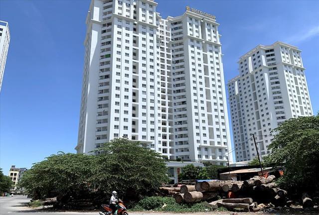 Nhà giá rẻ khan hiếm, Bộ Xây dựng tính kế để giảm giá nhà ở - Ảnh 1.