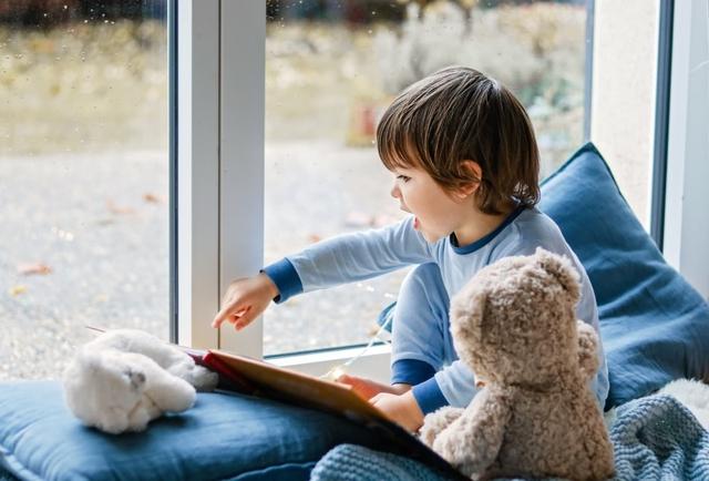 Phát hiện khoa học đáng suy ngẫm về việc trẻ được tiếp xúc với hai hay nhiều ngôn ngữ ngay từ khi mới sinh ra - Ảnh 1.