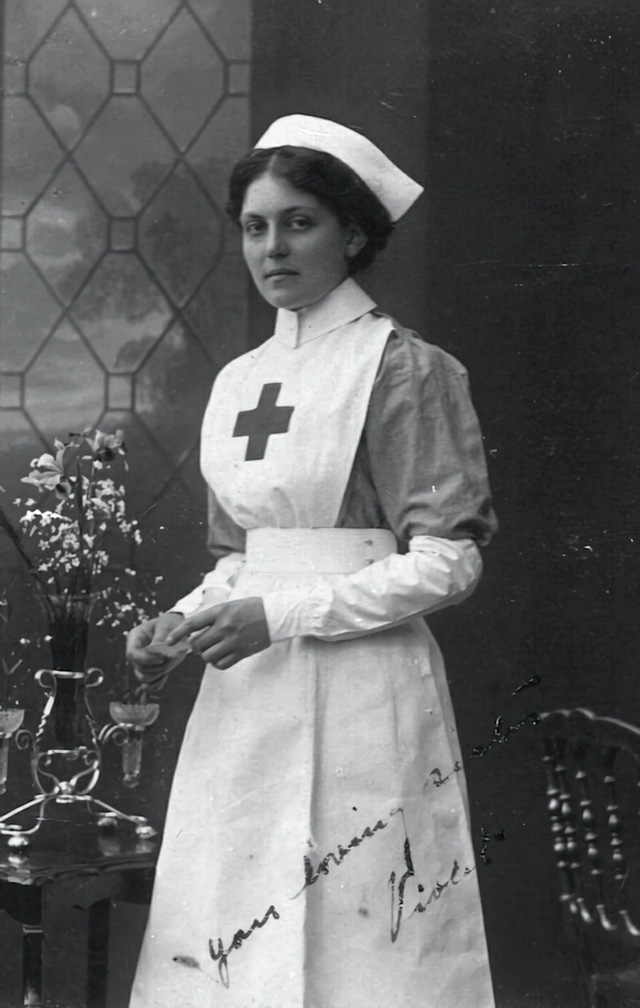 Nữ y tá này đã sống sót sau cả 3 vụ đắm tàu lịch sử, bao gồm cả Titanic - Ảnh 1.