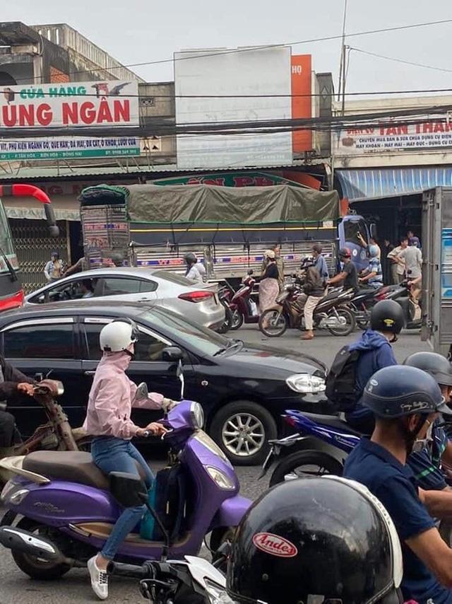 CLIP: Tai nạn kinh hoàng ở Biên Hòa, người và xe nằm la liệt  - Ảnh 8.