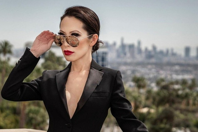 Nữ hoàng thời trang đanh đá nhất series giới siêu giàu châu Á của Netflix: Sống giữa núi hàng hiệu, công khai cà khịa người nổi tiếng vì mặc váy đụng hàng - Ảnh 1.