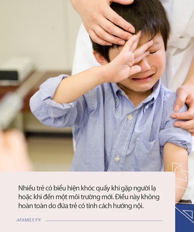 Trẻ có IQ cao thường làm những hành động khác biệt, người lớn đừng vội can thiệp nếu không muốn ảnh hưởng đến trí não của trẻ - Ảnh 3.